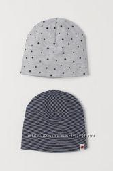 Комплект красивых шапочек H&M, 98-104 в наличии
