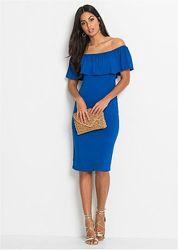 Сексапильное трикотажное платье кармен