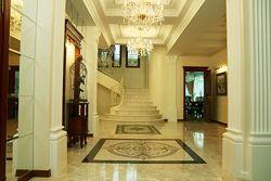 Мраморная лестница, лестницы и ступени из мрамора и гранита