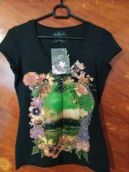 Фирменная качественная футболка Zara. Размер S М. Состав 70 Коттон и 30 Ела