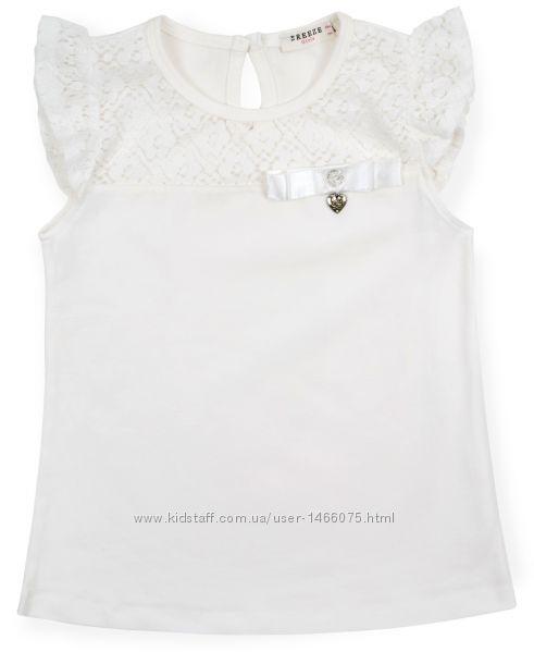 Нарядная футболка с бантиком и кружевной кокеткой.