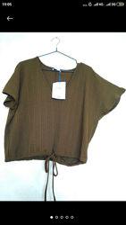 Интересная блуза  топ футболка рубчик летучка цвет хаки зеленый бренда zara
