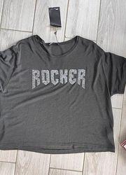 Короткая футболка от zara