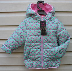 Модная   курточка для маленькой модницы