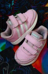 Кроссовки Adidas оригинал 2018 г. 21 размер