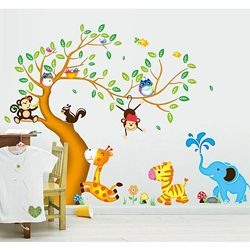 Интерьерная наклейка на стену Детская - Зверята