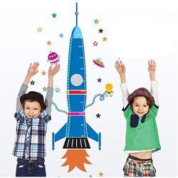 Детская наклейка-ростомер на стену Ракета