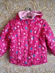 Хорошая двухсторонняя осенняя курточка для девочки faded glory 1/2 года