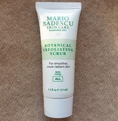 Скраб для лица Mario Badescu с растительными экстрактами, очищает поры