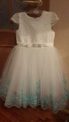 Нарядное платье, можно на выпускной в сад, Debenhams, в комплекте сумочка.