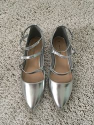 Сріблясті туфлі - лодочки New Look