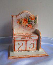 Вечный календарь Розы - отличный подарок дорогому человеку.