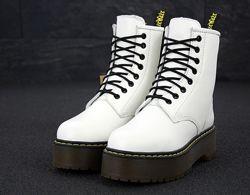 Зимние женские ботинки Dr. Martens JADON White. Искусственный мех.
