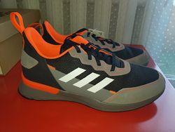 Пролет. Новые кроссовки Adidas оригинал размер 39 стелька 25см