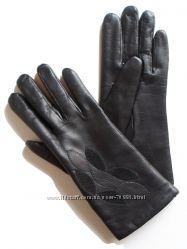 Размеры 6, 5 и 7, 5 Перчатки из кожи ягненка с аппликацией. Румыния