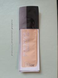 Пробники стойкого увлажняющего тонального крема Dior Forever Skin Glow