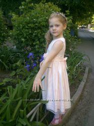 Продам нарядное платье Rare Editions состояние нового