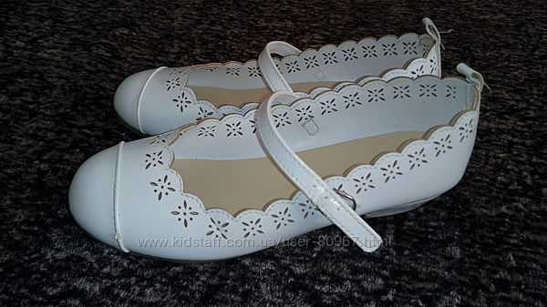 Нарядные туфельки 33р
