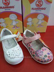 Нарядные туфли для маленьких принцесс Flamingo