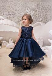 Шикарное темно-синее платье для девочки на выпускной