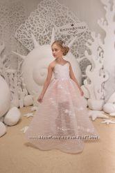 Нарядные детские платья в наличии на 3 года