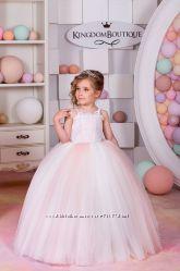 Розовые, белые, кремовые нарядные платья в наличии на 6 лет, 7 лет, 8 лет
