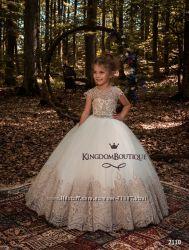 Нарядные детские платья на 6 лет в наличии