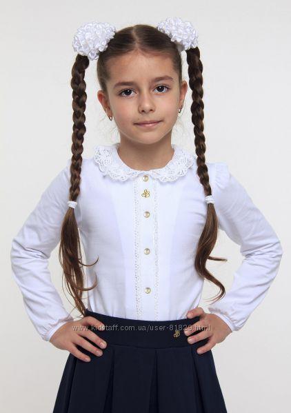 Нарядная нежная блуза Смил с кружевом новая