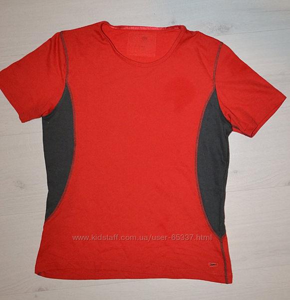Спортивная футболка размер L