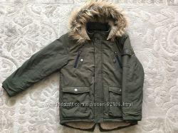 Продам куртку деми George на мальчика, рост 134-140