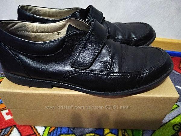 Туфли кожаные Lioneli 36р. Стелька 23 см.