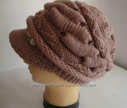 Женская зимняя шапка с козырьком р 55-57