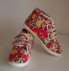 Высокие ботиночки текстильные