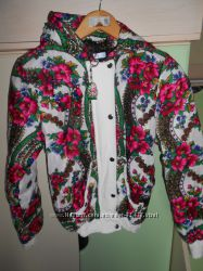 Деми куртка в украинском стиле