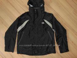 Новая теплая куртка The North Face