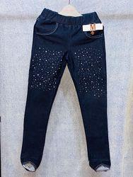 Colabear джинсы-лосины, спереди украшены камушками 122,154