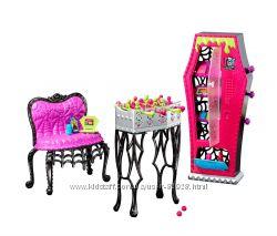 Набір з меблями Monster High. Оригінал. Купляли в США