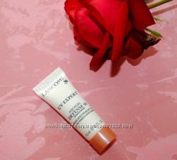 Сонцезахисний крем Lancome UV Expert Aquagel Defense 50 Sunscreen. Оригінал