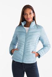 Фирменная демисезонная ультра легкая куртка, складывается в мешочек C&A