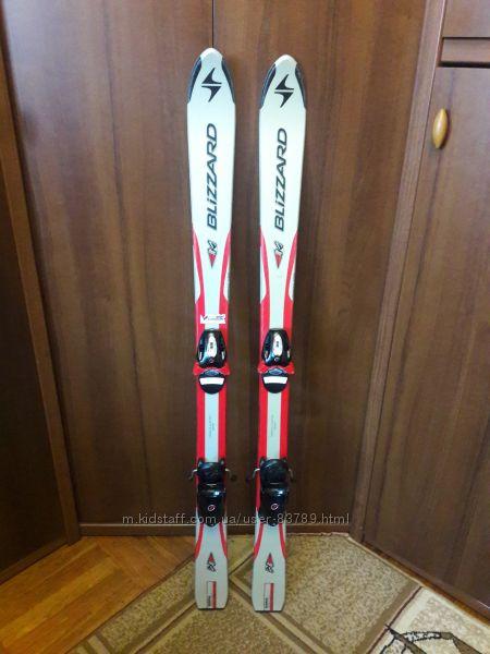 Горнолыжный комплект лыжи, ботнки, палки