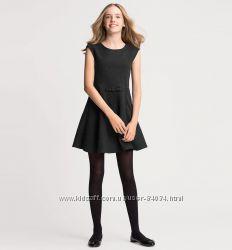 Изумительное платье для школы до 140рост