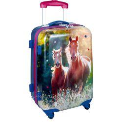 Стильные  дорожные чемоданы Spiegelburg для деток