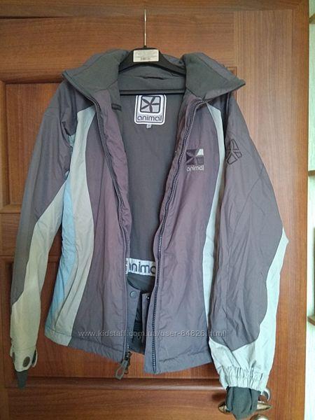 Фирменная лыжная куртка XS фирма Animal