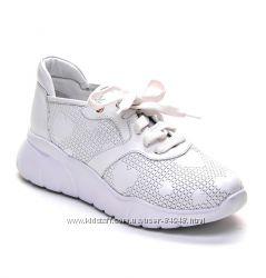Белые кожаные кроссовки Modus Vivendi.