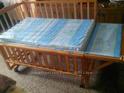 Детская кроватка Geoby, трансформер