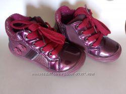 Ботинки Apawwa 23 размер в идеальном состоянии есть молния