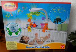 Продам мобиль на кроватку Win Fun Домашние животные в идеальном состоянии