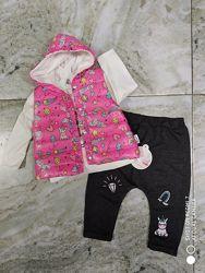Стильные костюмы на девочек от 3 месяцев и выше