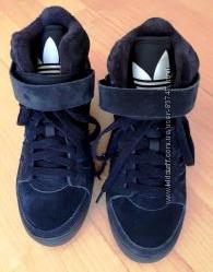 Ботинки Adidas на скрытой танкетке р. 36 22, 5 см.