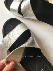 Clarks сандалии, кожа , в наличии 38 й р-р